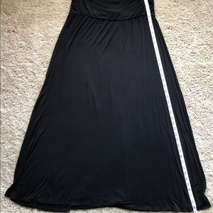 Merona Black Skirt with side slits size Large